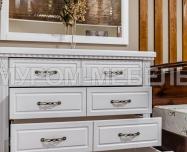Здесь изображено Комод Флоренция (белая эмаль)
