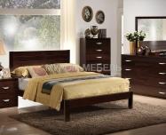 Здесь изображено Кровать Готика