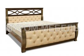 Здесь изображено Деревянная кровать Петергоф