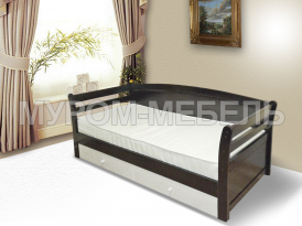 Здесь изображено Деревянная кровать Верона